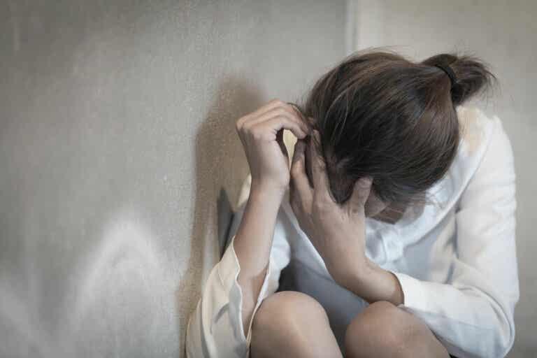 5 reacciones de las personas altamente sensibles que sorprenden a los demás