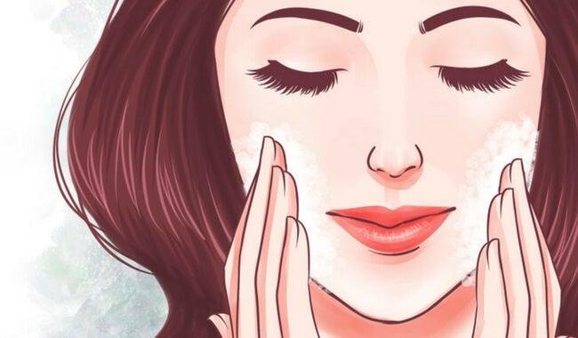 7 tips naturales y sencillos para conseguir una piel de seda