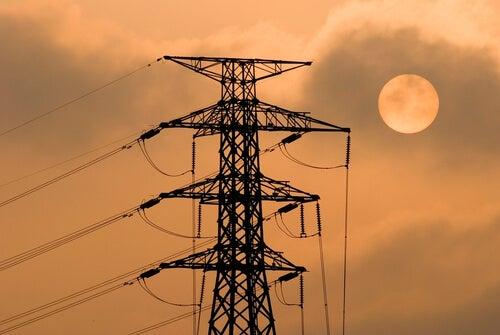 التلوث الكهرومغناطيسي