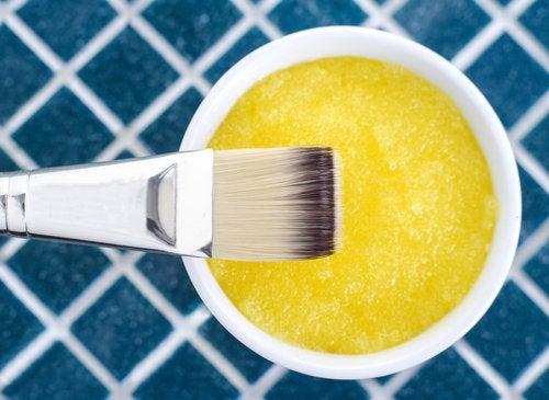 Mascarilla de plátano, zumo de limón y miel