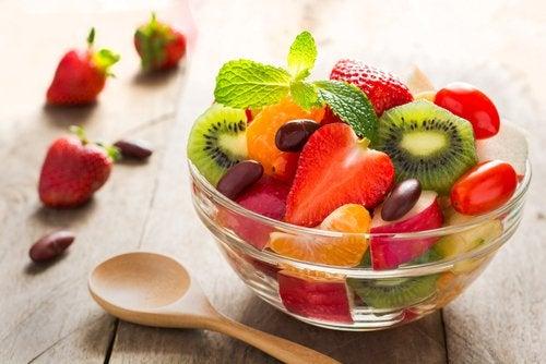Saber elegir los alimentos es primordial para no engordar.