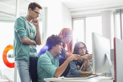 creativos para mejorar el rendimiento laboral