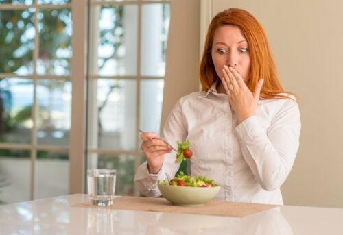 7 errores comunes al hacer dieta para bajar de peso