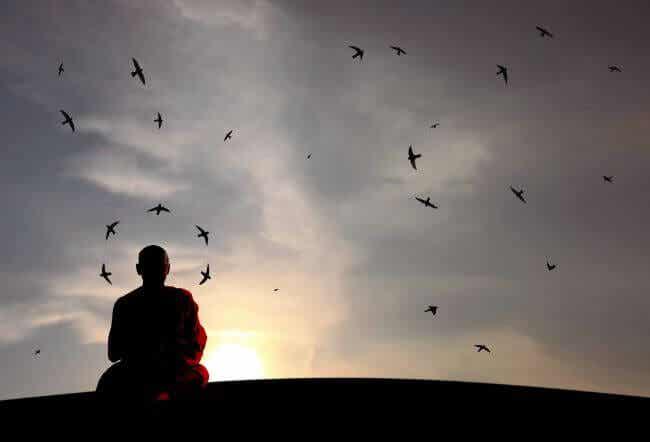 Permanecer en silencio es algo más que no hablar