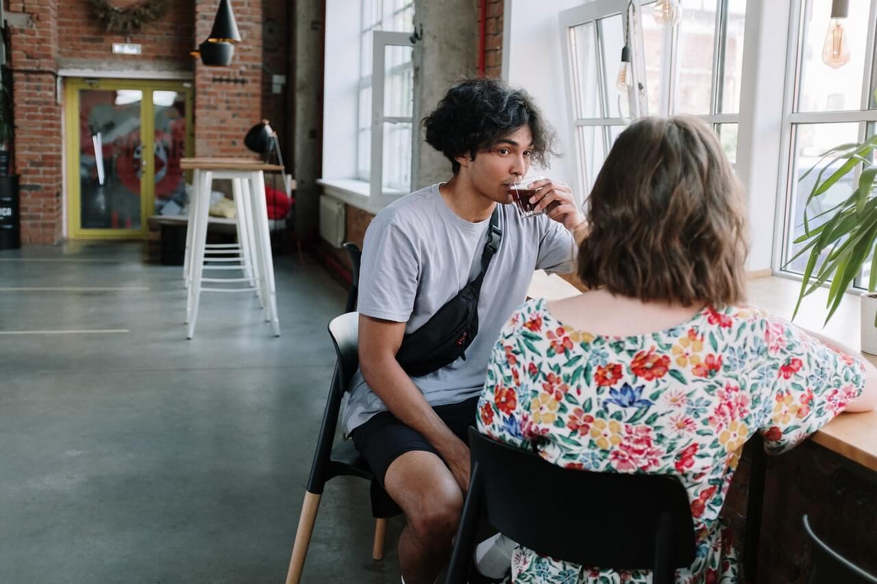 En momentos de intimidad, anímate a hacer preguntas para conocer mejor a otros