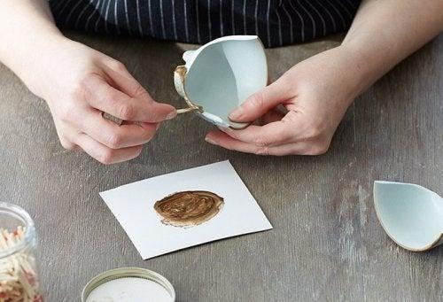 Aprende a reparar cerámica rota