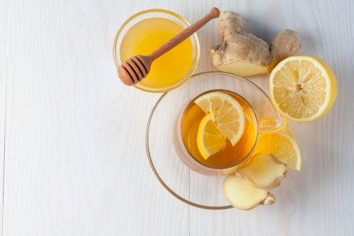 Remedio de jengibre y miel.