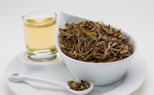 El té blanco, ¿un aliado para adelgazar?
