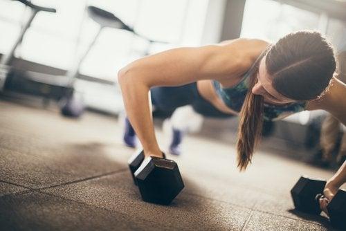Pérdida de grasa vs aumento de masa muscular