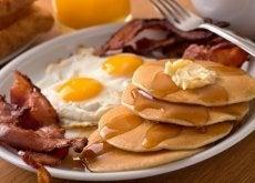 alimentos que debes evitar en el desayuno