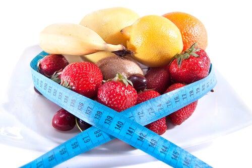 9 tips sencillos para evitar comer más de la cuenta