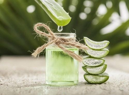 Tratamiento de aloe vera y vitamina E.