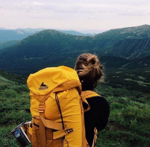 mujer-viajando