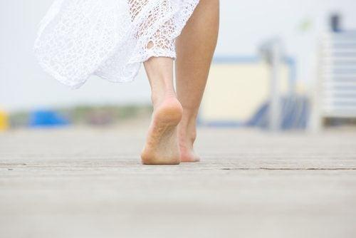 caminar descalzo