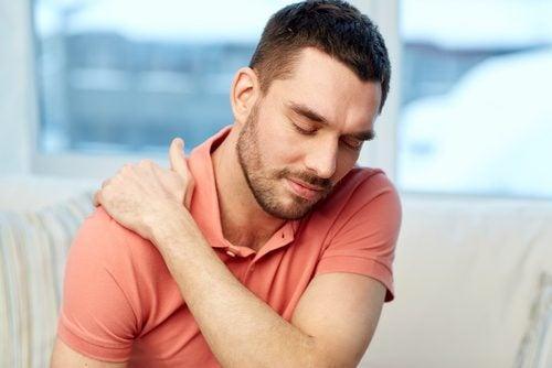 Ejercicios para dolores en los hombros