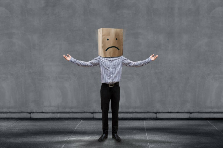 ¿Cómo enfrentar las críticas negativas?