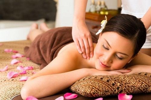 Beneficios de las barritas para masajes