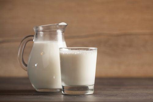 La leche, la osteporosis y falta de calcio