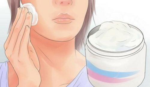 Qué tener en cuenta en las etiquetas de los productos para la piel