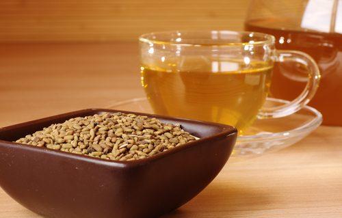Té de manzanilla y tomillo