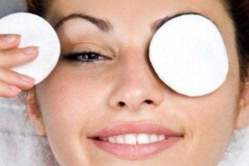 Tratamiento para atenuar las ojeras
