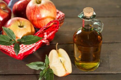 Los 8 beneficios de consumir una cucharada de vinagre de manzana al día