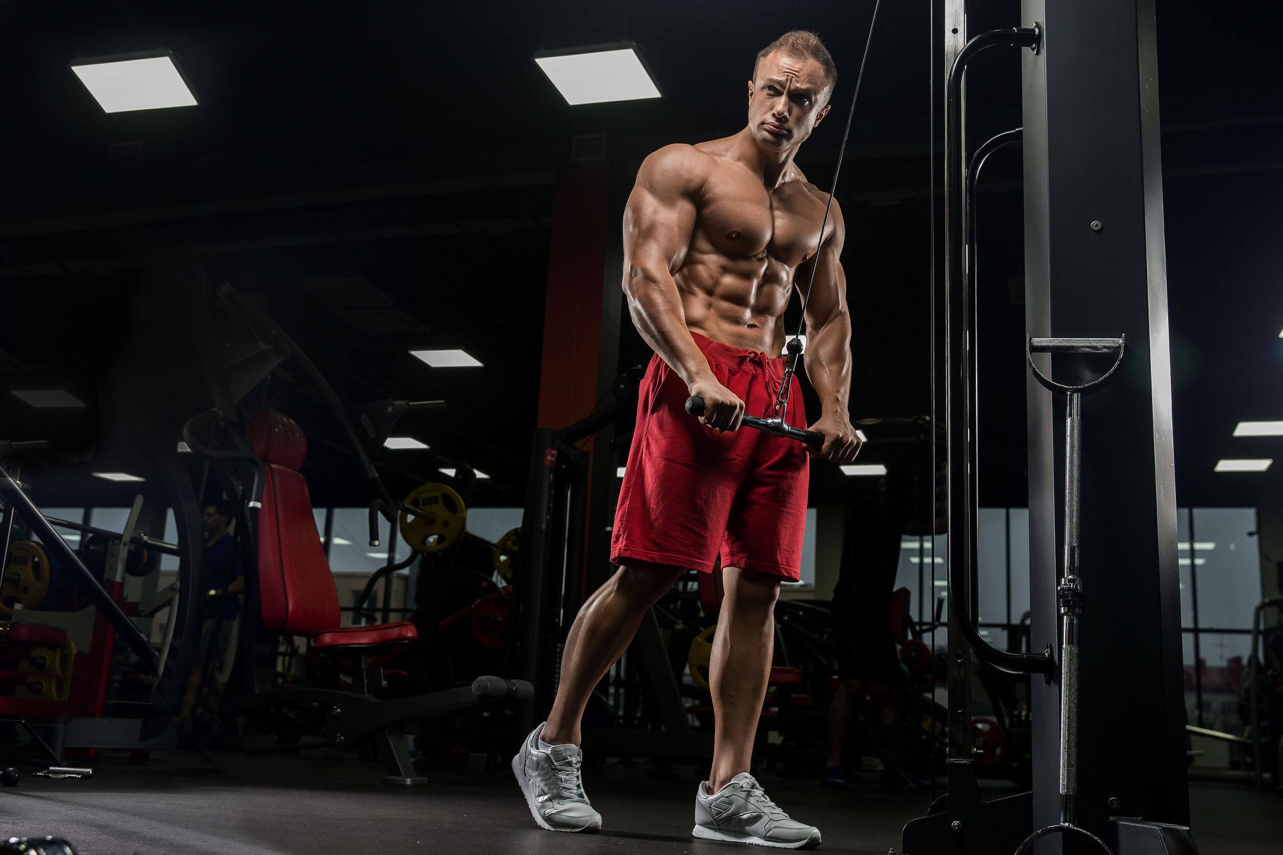 Los ejercicios con pesas par </p srcset=