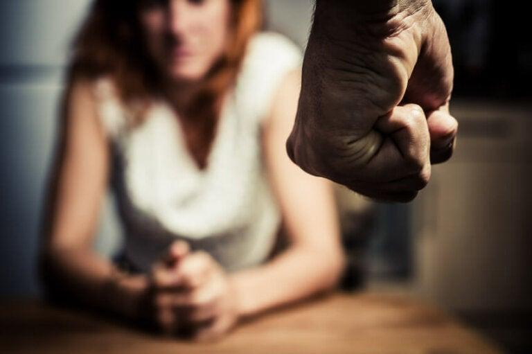 Violencia de género: cómo podemos ayudar a una mujer maltratada