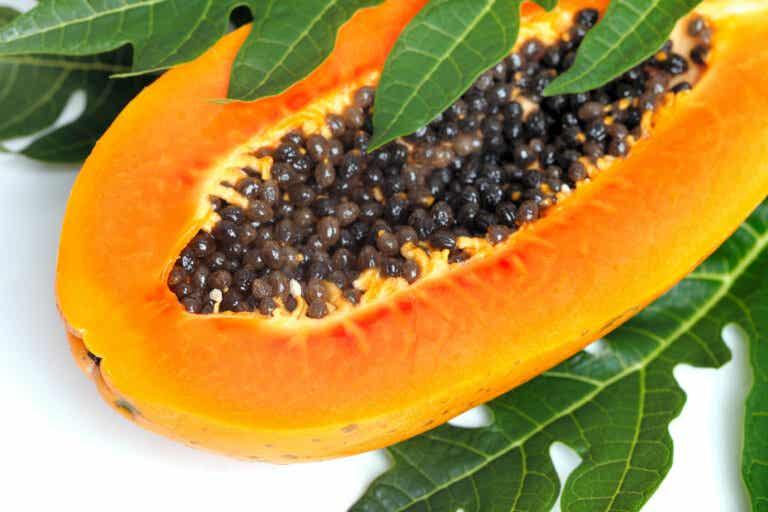 12 beneficios de las hojas de papaya