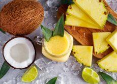 Bebida de coco, piña y jengibre para eliminar líquidos y perder peso