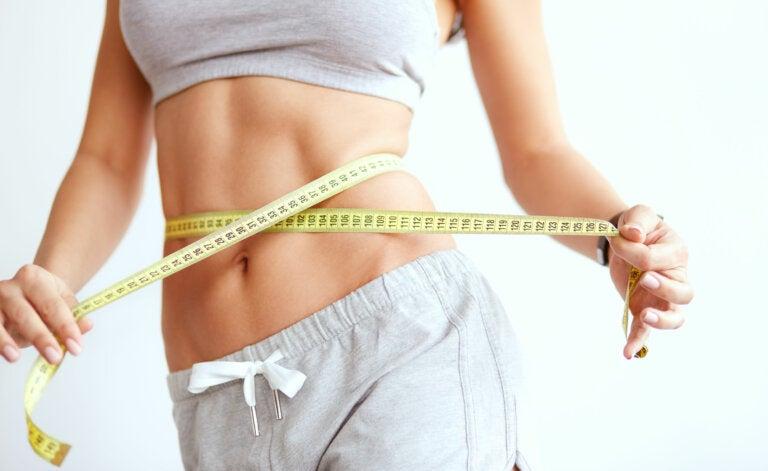 4 batidos para ayudarte a reducir la cintura