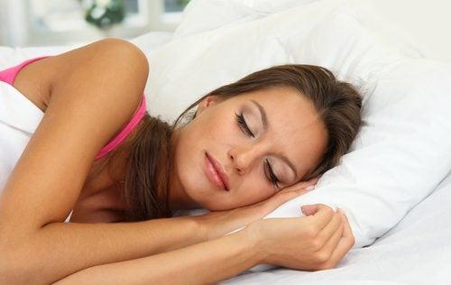 ¿Contar ovejas? Mejores hábitos para dormir