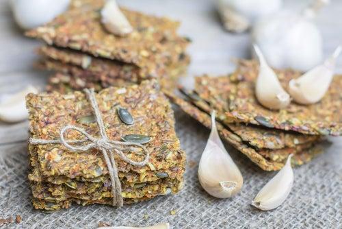Cómo hacer crackers de semillas sin gluten y sin lactosa