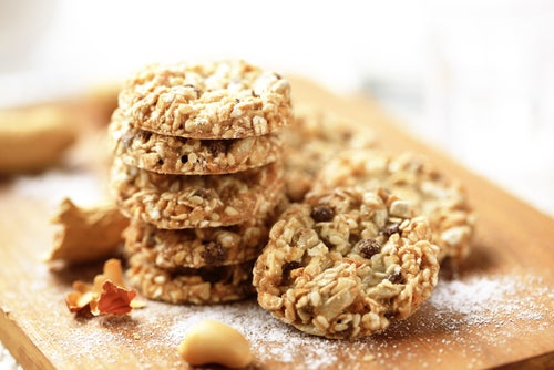 Galletas supernutritivas a base de coco, avena y semillas