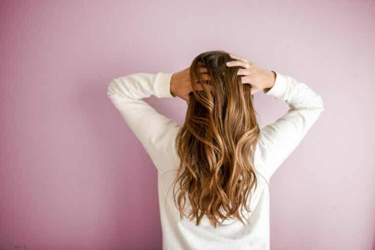 12 recomendaciones para tener un pelo fuerte y sano