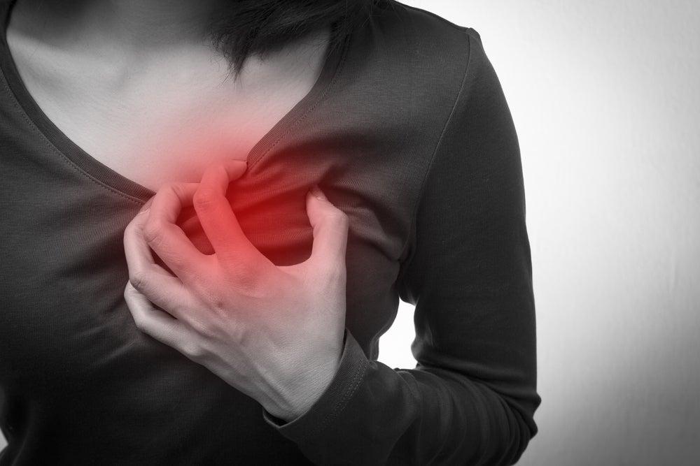 5 síntomas de un paro cardíaco que solo se dan en mujeres