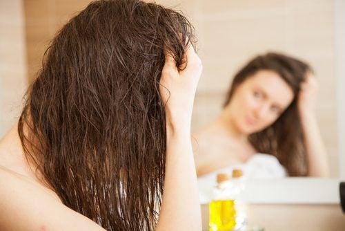 Aceite de oliva para el cabello seco