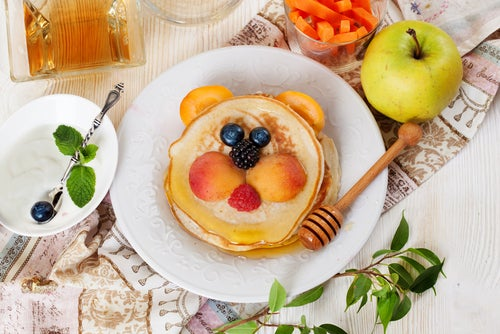 5 alimentos que no debes darles a tus hijos para desayunar