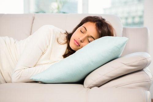La hermosa y beneficiosa siesta