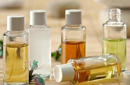 Limpia tu rostro con aceites naturales: ¿cuáles usar y cómo?