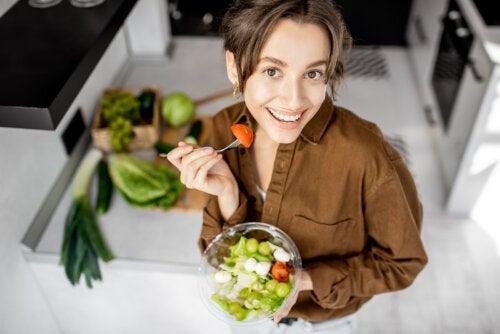 ¿Hay alimentos que reducen las estrías?