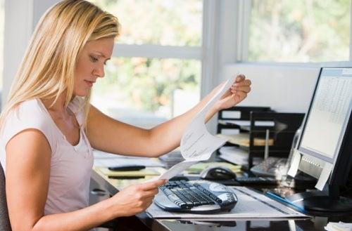 Los 7 mejores ejercicios para quienes trabajan en un escritorio