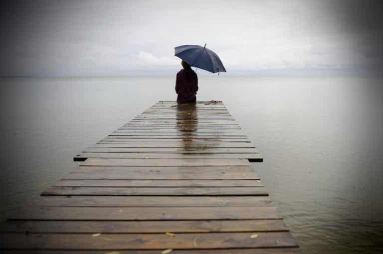 Estar solo duele, pero sólo gracias al dolor puedes sanarte