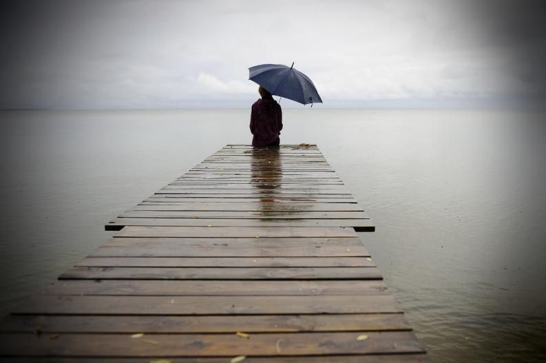 Estar solo duele, pero solo gracias al dolor puedes sanarte