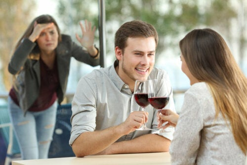 ¿Se puede dejar de ser una persona celosa?
