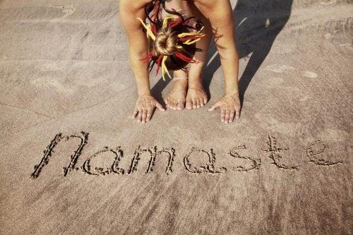 namaste-en-sanscrito-significa-te-saludo
