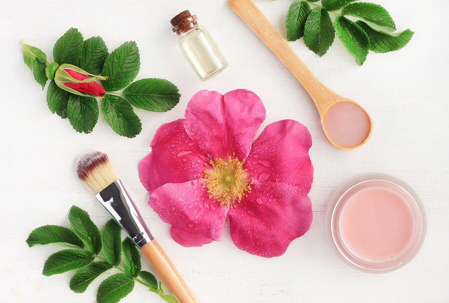 Productos con aceite de rosa mosqueta