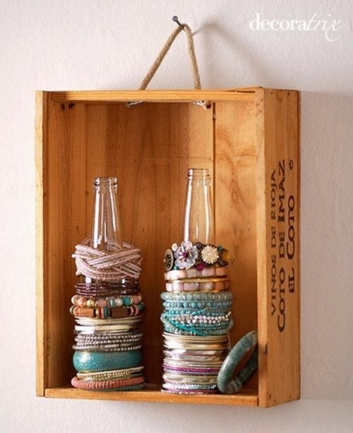 Using bottles to store your braceletes and keep your house organized