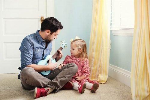8 cosas que debe hacer un padre para que su hija se convierta en una mujer fuerte