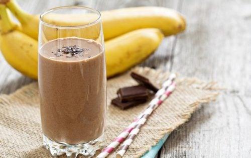 Batido de plátano y chocolate mañana